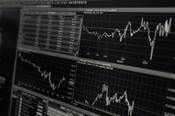 Tjen dine penge på aktier